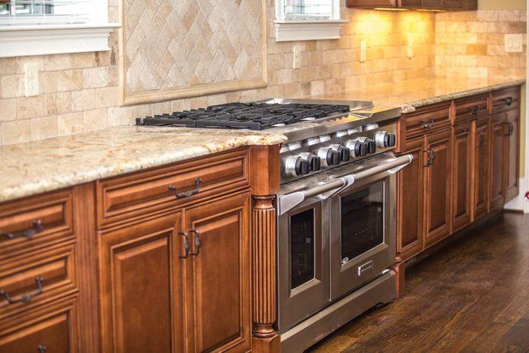 Dlaczego warto kupić kuchnię gazowo elektryczną?